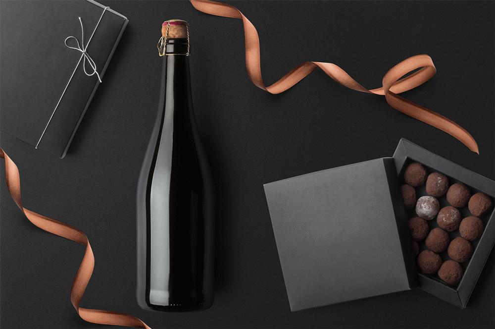 红酒标签设计提案展示样机 Champagne Bottles Mockups