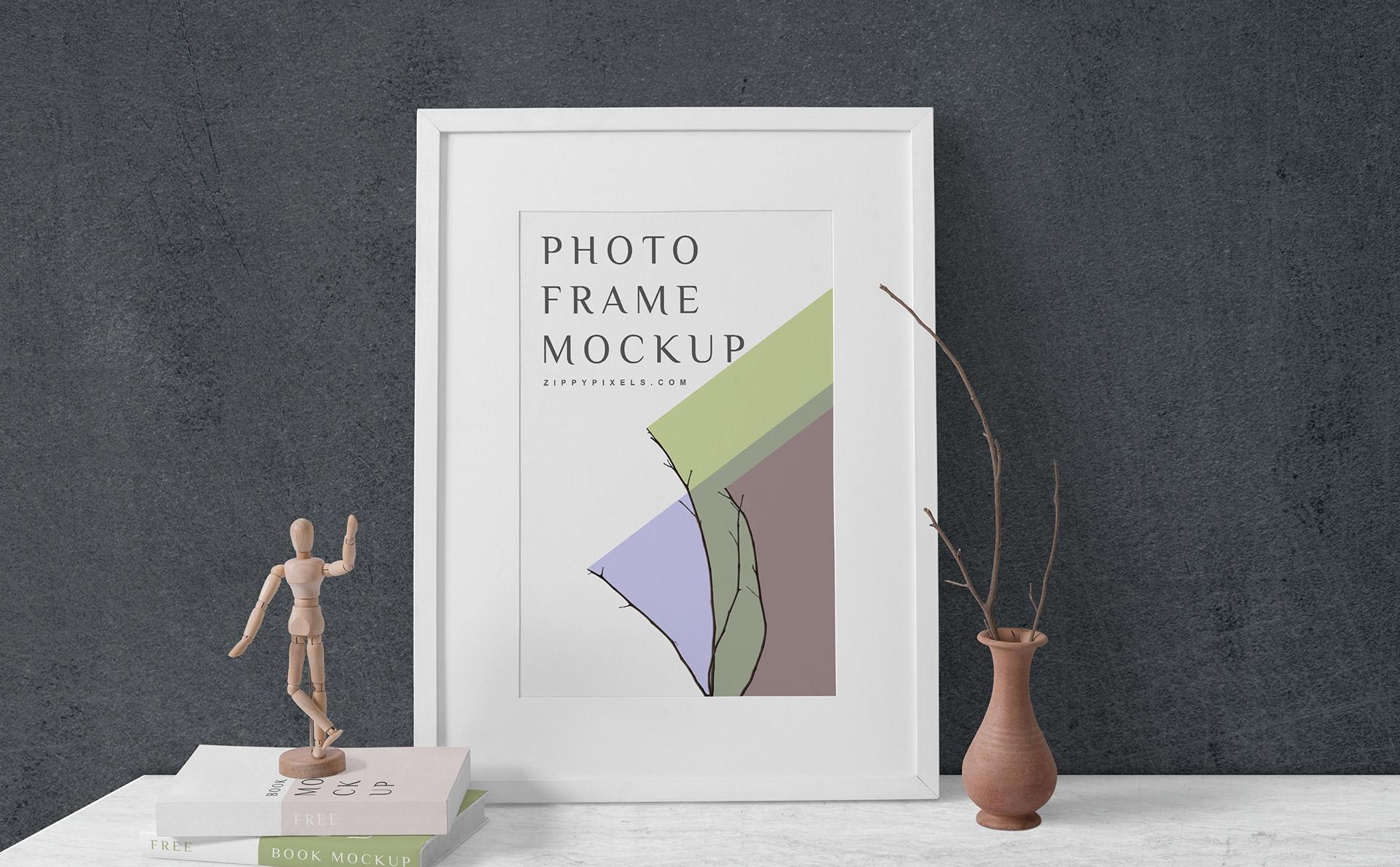 室内装饰画相框画框场景样机 Wood Frame Mockup