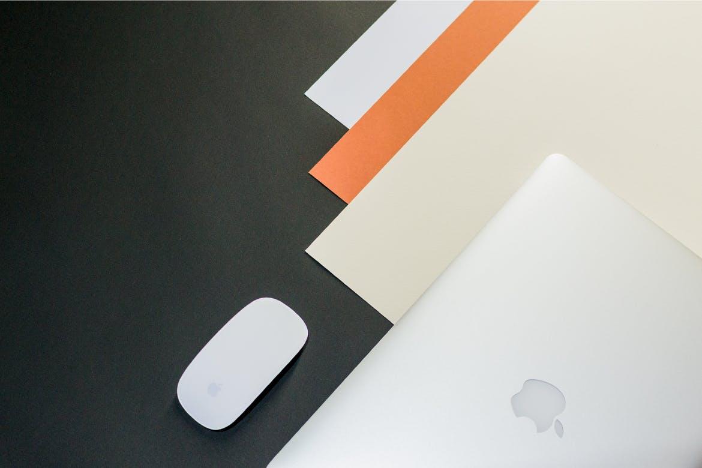 苹果电脑设备样机素材模板  展示样机  智能贴图样机Minimal Workspace