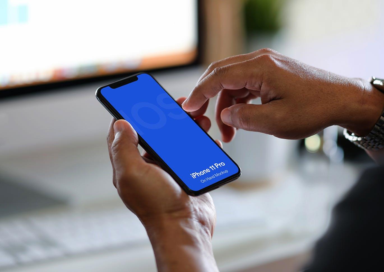 手持 苹果手机展示样机高端专业的高品质iPhone 11 Pro APP UI样机展示模型iphone-11-pro-mockup-vol-04