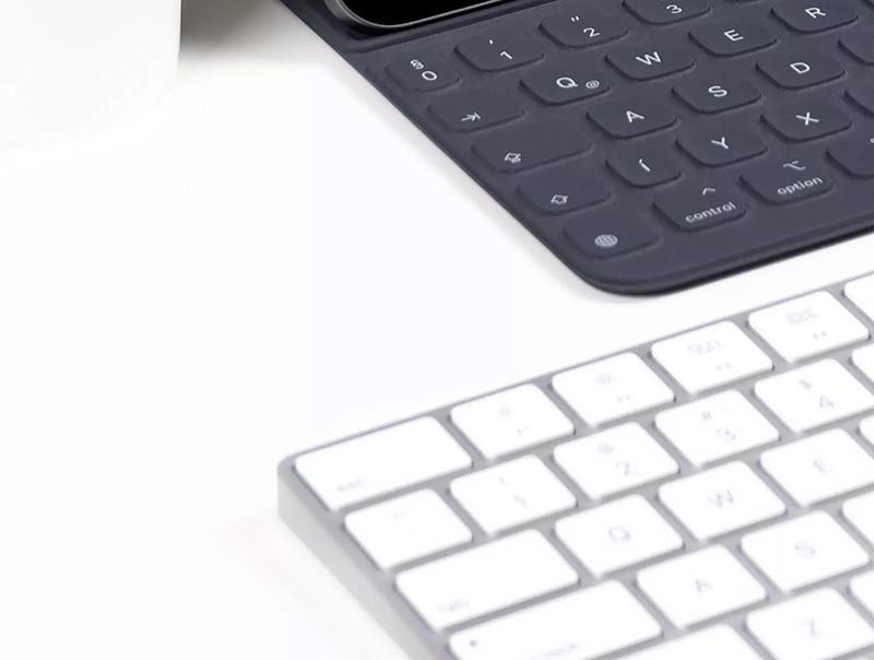 真实场景iPhone 11 Pro和iPad Pro屏幕效果图展示PSD样机designshidai_yj163