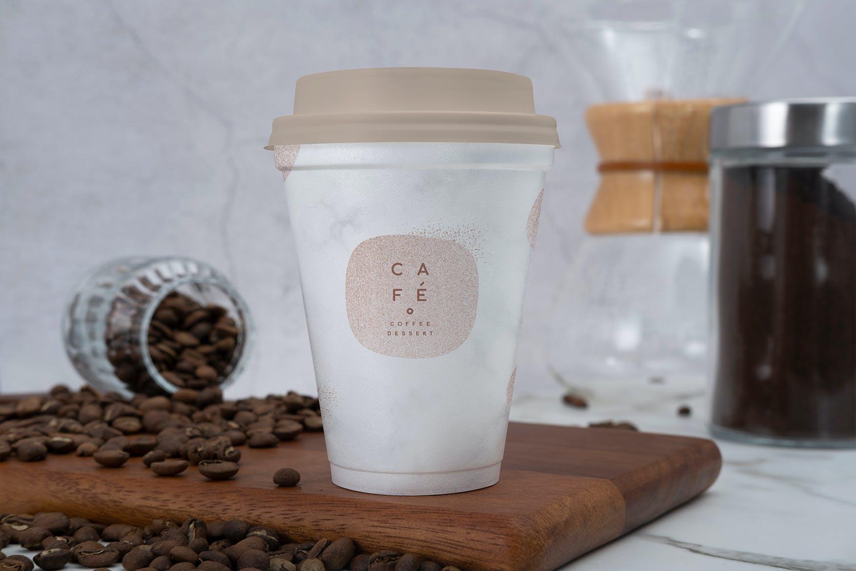 可爱甜美精致的咖啡一次性饮料杯包装展示样机mockup模型designshidai_yj395