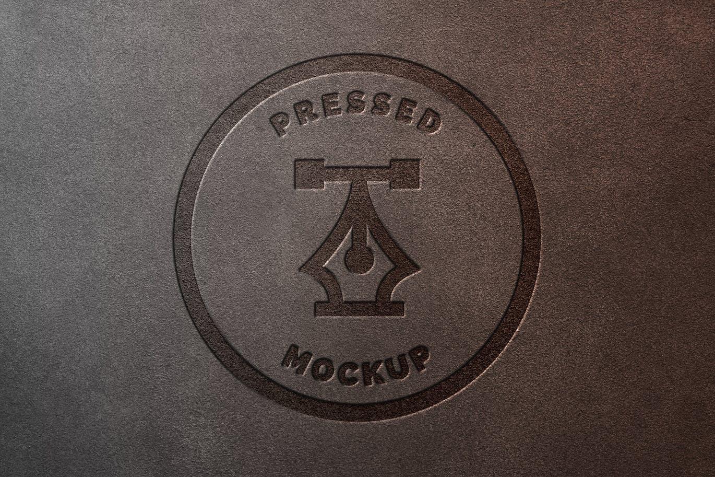 时尚高端逼真质感的皮革logo标志设计VI样机展示模型mockups designshidai_yj721